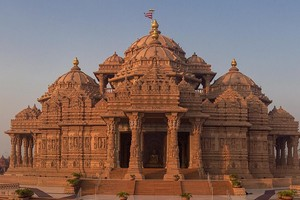 Akshardham Temple near Red Fort