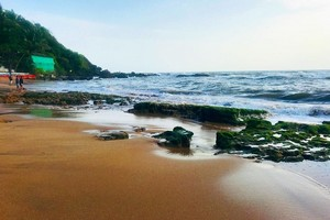 Anjuna Beach near Tarkarli Beach