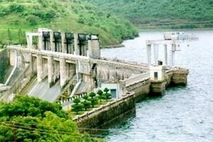 Bhadra_Dam.jpg
