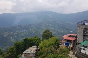 Gangtok near Tsomgo Lake