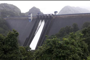 Idukki Dam near Periyar National Park