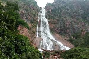 Khandadhar Falls Sundargarh near Khandadhar Falls