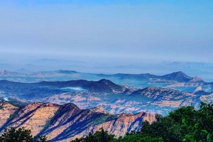 Mahabaleshwar near Koyna Wildlife Sanctuary