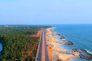 Maravanthe Beach near Parampalli Wooden Bridge