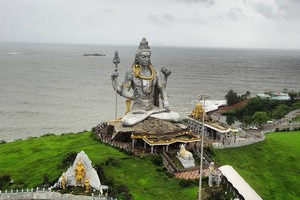 Murudeshwar near Parampalli Wooden Bridge