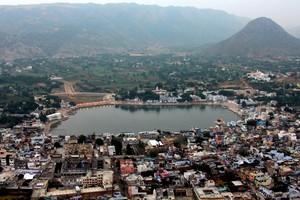 Pushkar-Ghats12818.jpg