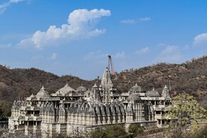 Ranakpur Jain Temple near Nakki Lake