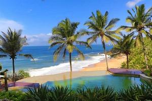 Samudra-Beach-Kovalam67854.jpg
