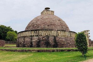 The Great Stupa Sanchi, Buddhist Monuments at Sanchi, Raisen