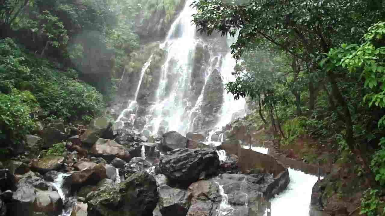 Amboli, Amboli Falls
