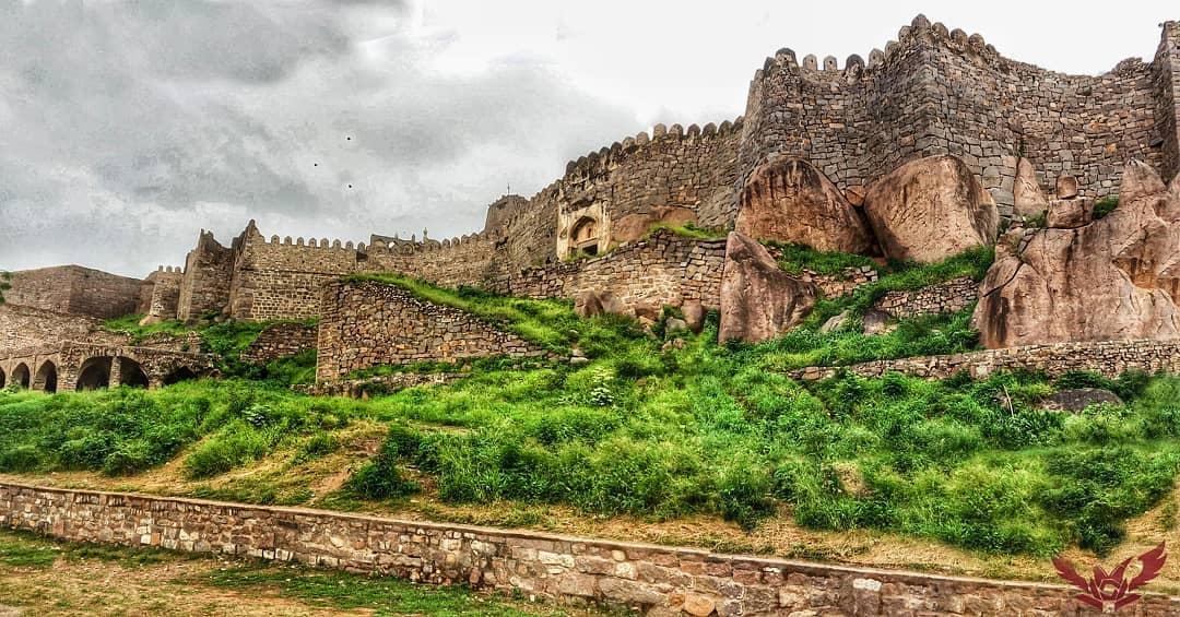 Golkonda Fort, Gol konda